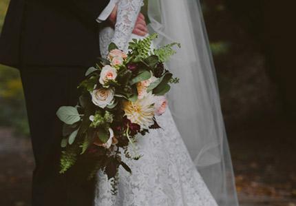 black and white wedding inspiration shoot